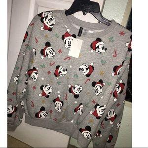 H&M, Mickey Mouse sleeves